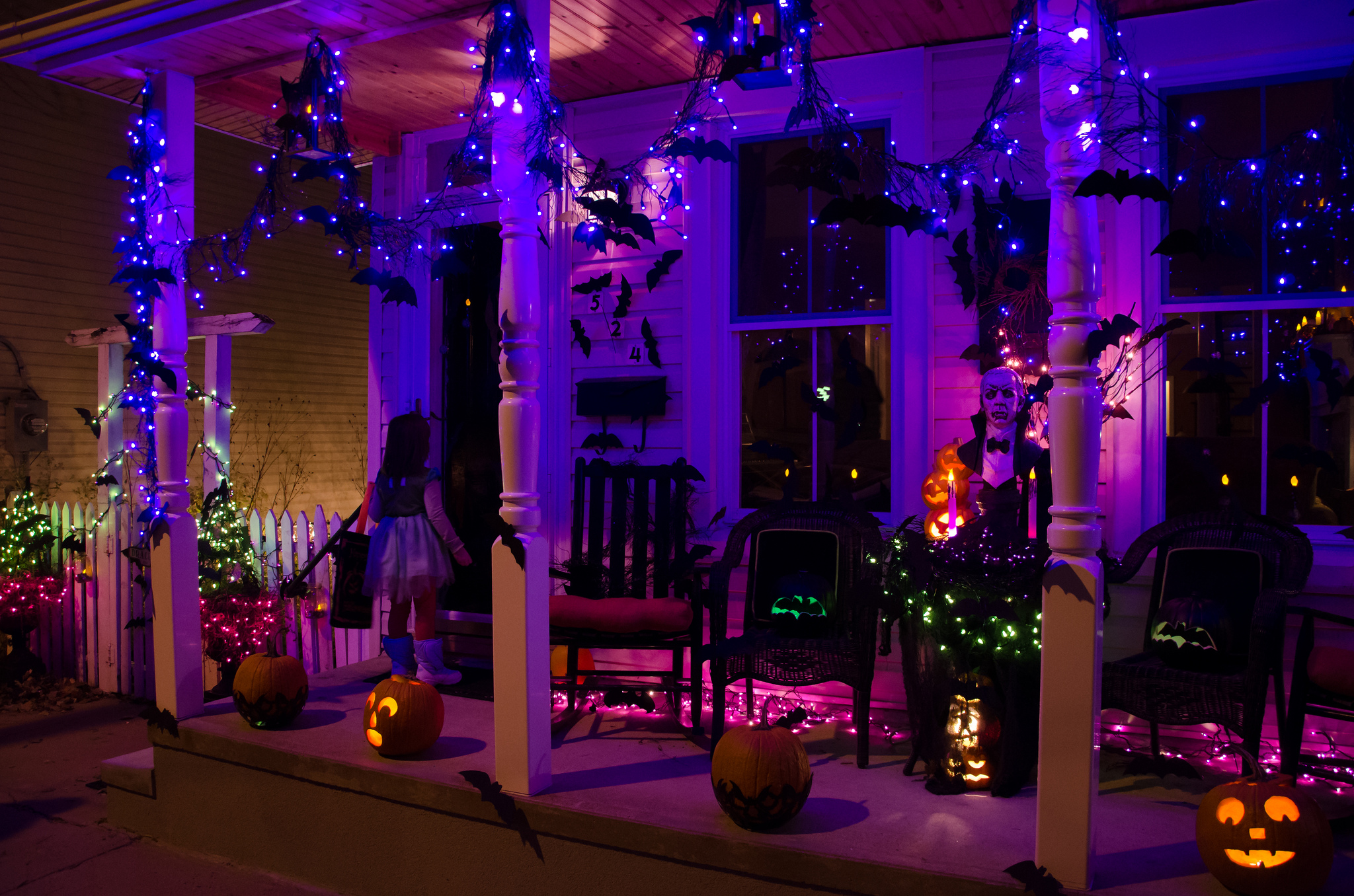 haunted house contest - Best Halloween Decorated Houses